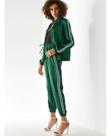 Green long - sleeved pants company